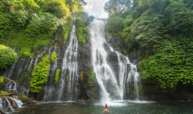 munduk waterfall bali